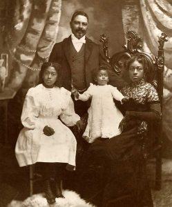 Capt. William T. Shorey& family. Photo: NPS SAFR P00.21578x