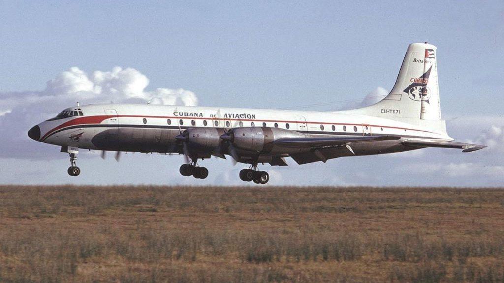 Cubaba de Aviation Britannia 318 CU-T671
