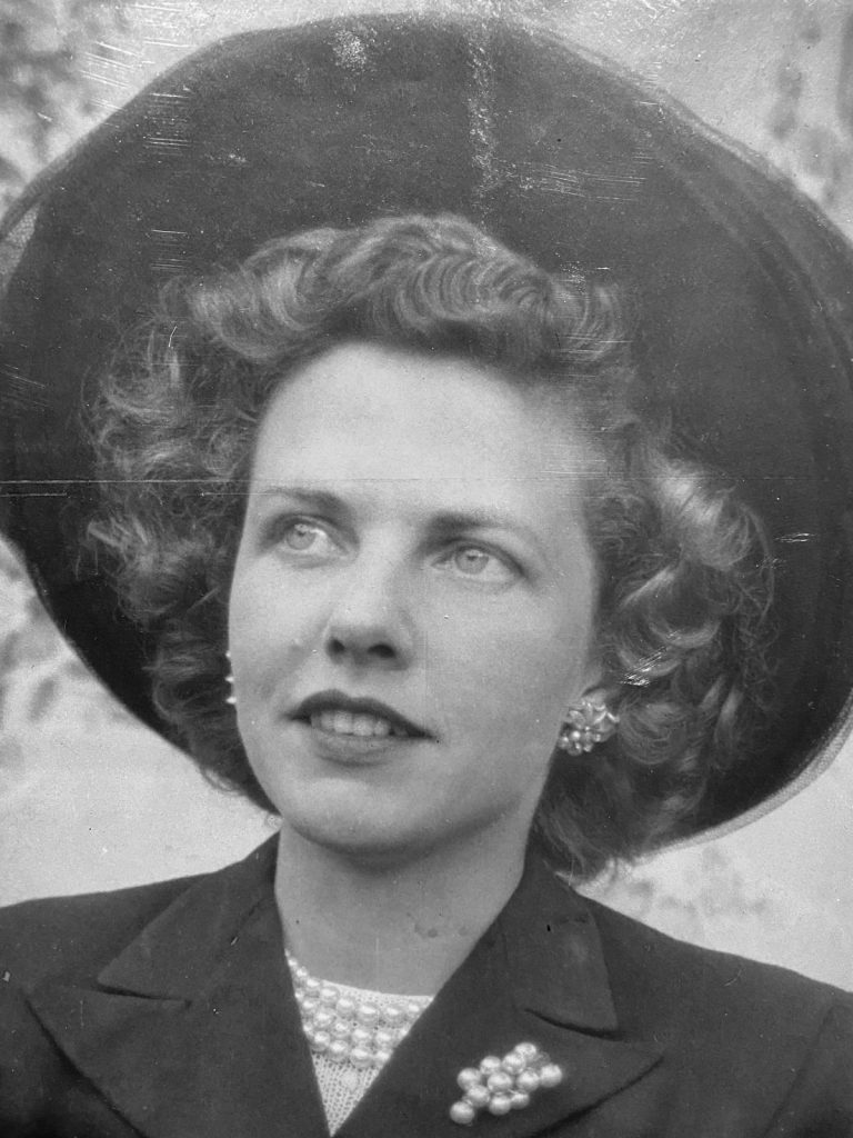 The beautiful blonde in the bank: Joyce Wilson