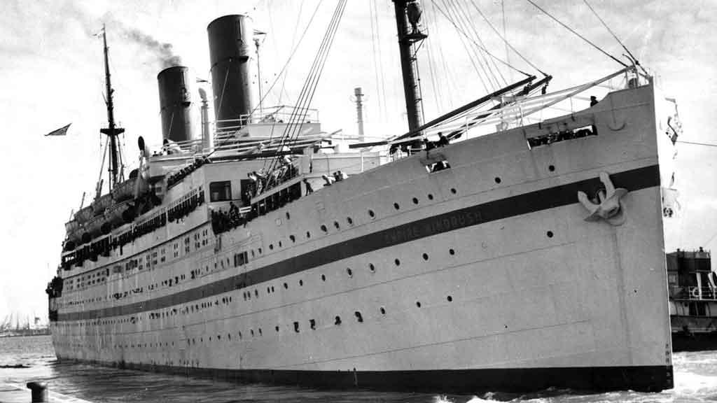 Empire Windrush docking at Tilbury Docks, Essex, on 21 June 1948